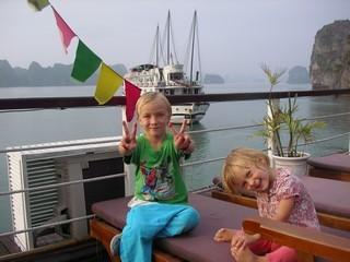 Mael et Laia sur le pont