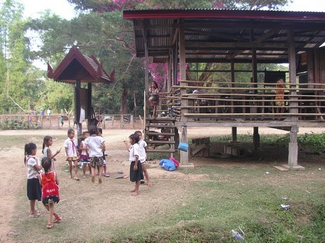 Ecole sur l'île de Don Khon