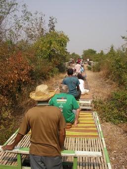 Retour après 7km aller retour sur les rails ... à Battambang