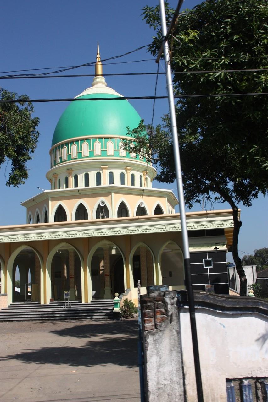 Une mosquée tous les 500 mètres au moins !