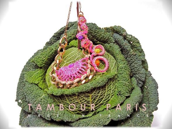 Necklace: Lierre, color: pink, photo : Etsuko HARADA
