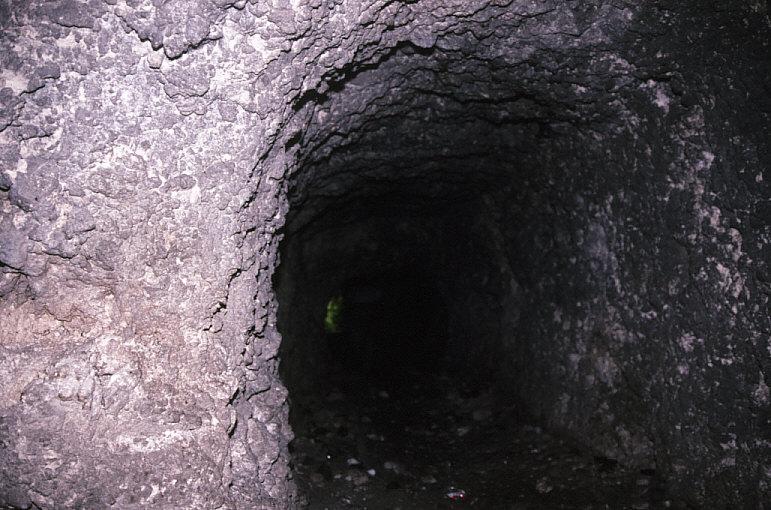 日本軍洞窟内部