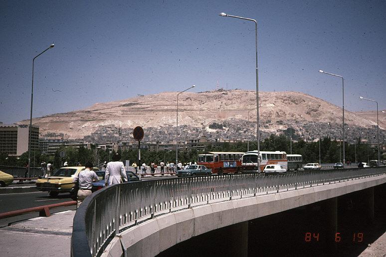 シリアの首都ダマスカス1:カシオン山