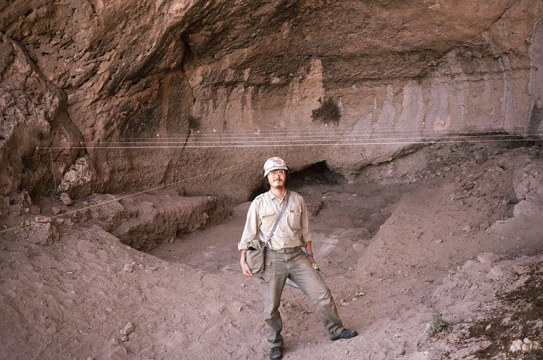 ドゥアラ洞窟での私