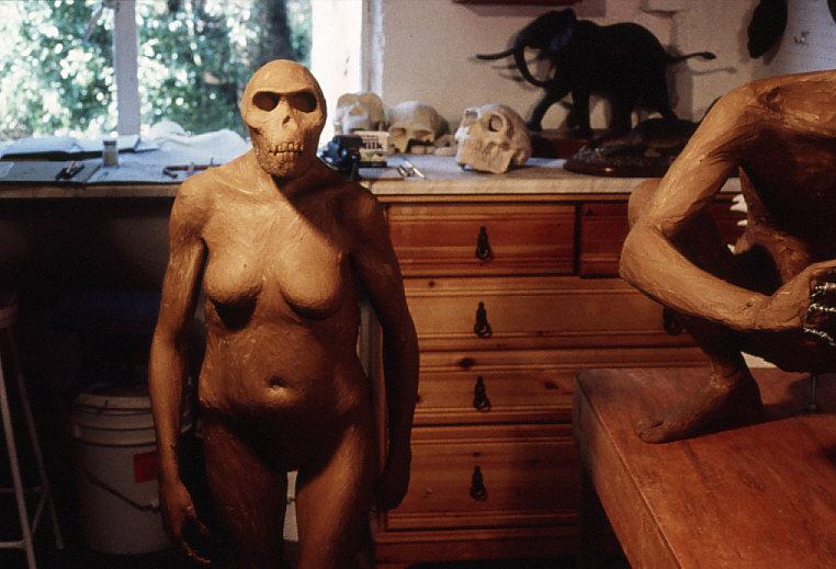 アファール猿人等身大人形の製作過程