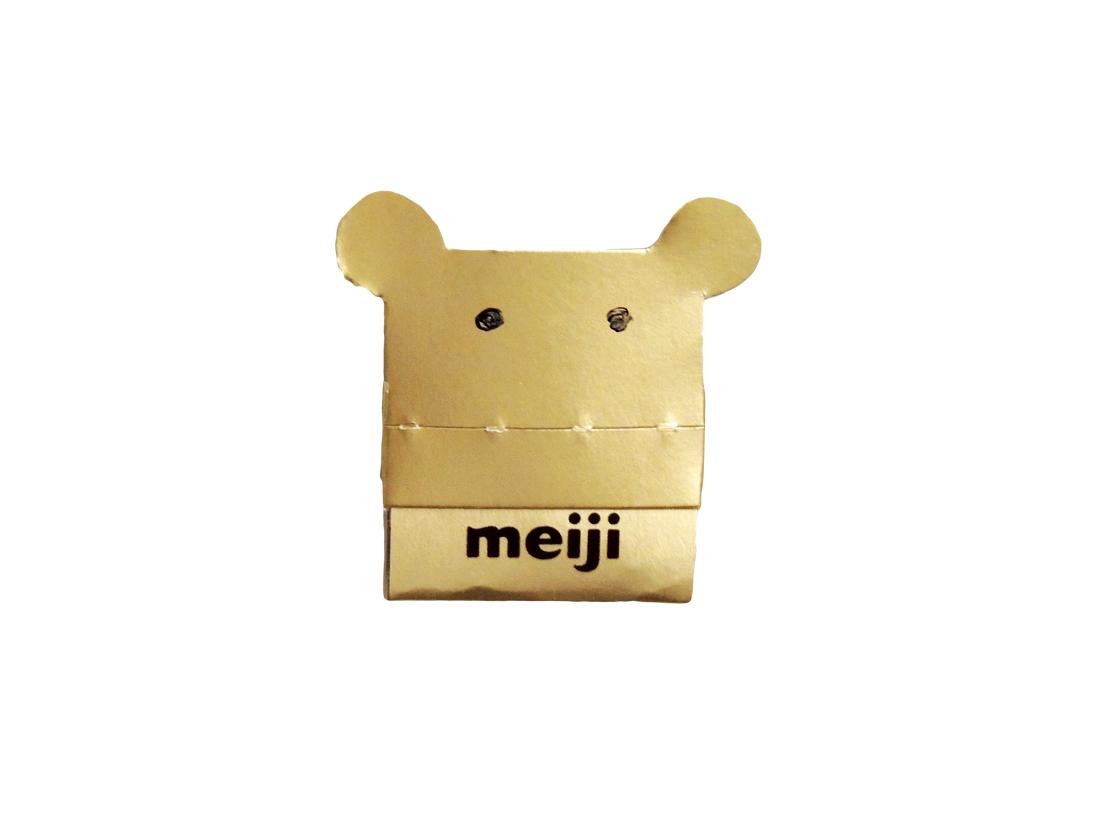 明治チョコレート効果パッケージで作った金のマスクハンガー
