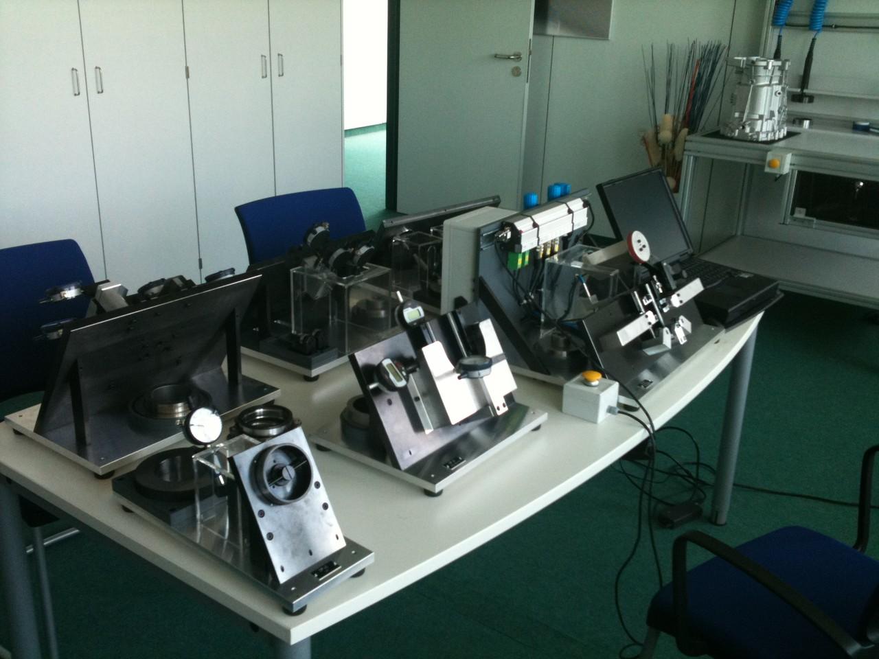 Auftischmessvorrichtungen mit mechanischen Messuhren 2