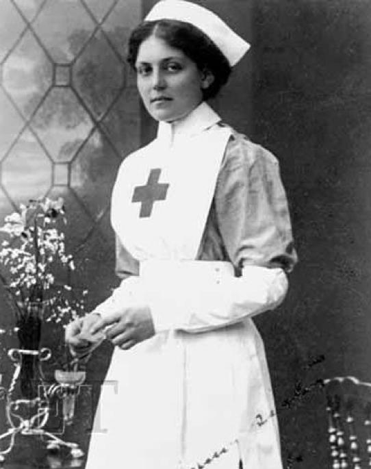 Violet C. Jessop überlebte den  Untergang der Titanic und der Britannic (© Simon Mills, The unseen Britannic)