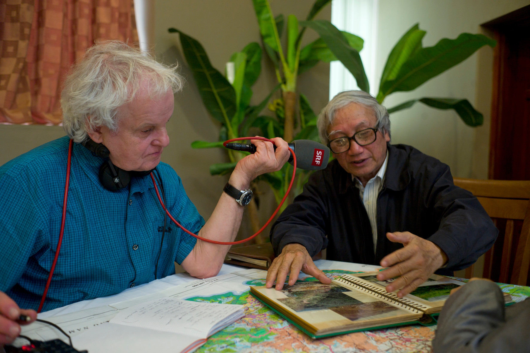 Mit Dr. Boi, Botaniker, Hanoi 3.2015 Foto Roland Schmid