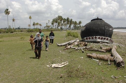 Aceh, Indonesien, vom Tsunami zerstörtes Fischerdorf