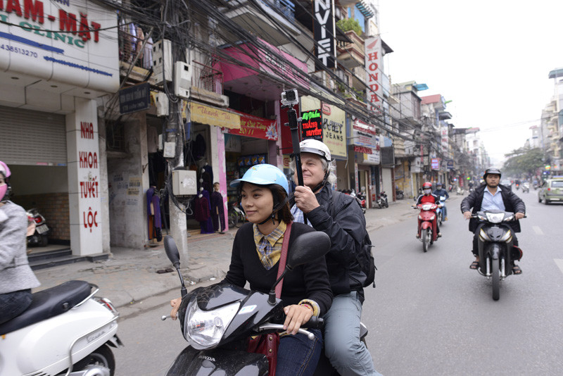 Filmen in Hanoi, November 2013 (Foto R. Schmid)