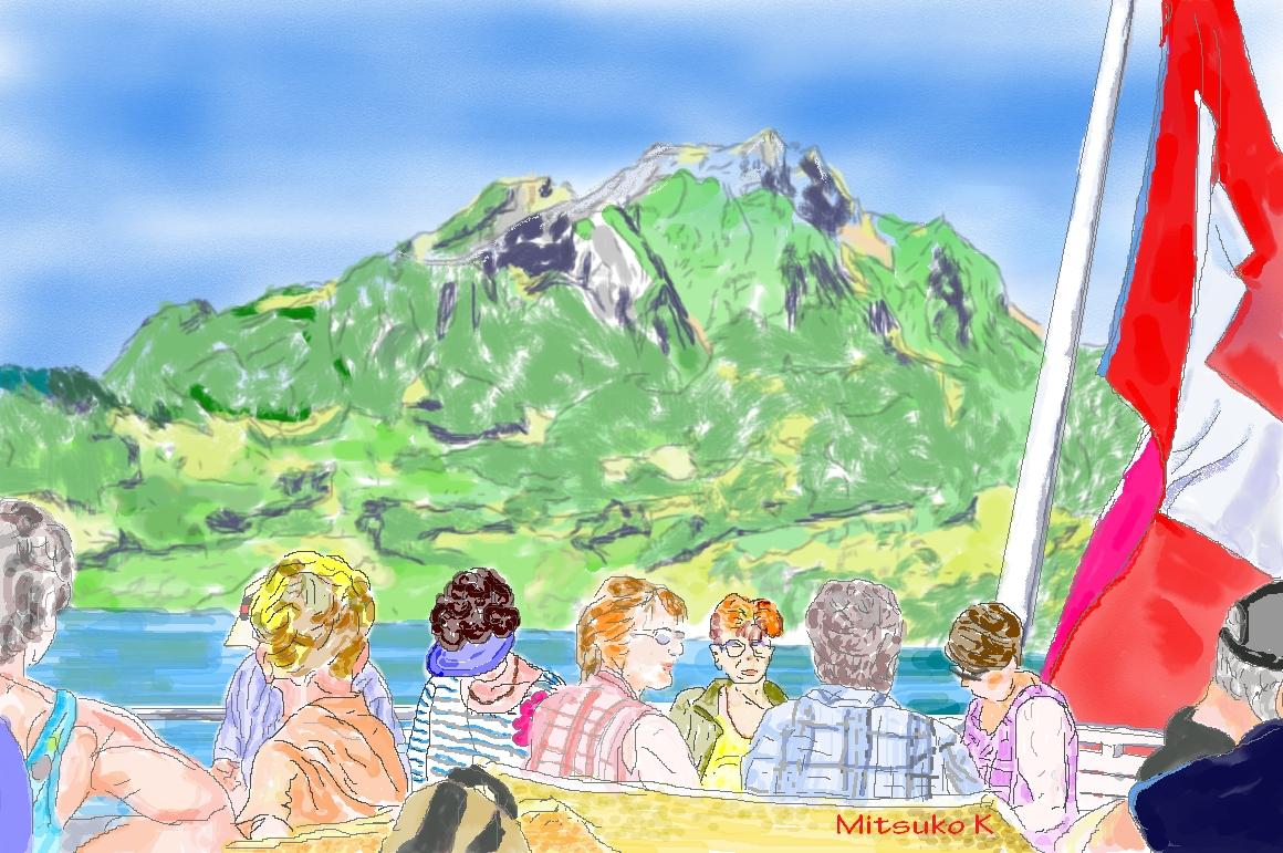 湖上から眺めるピラタス山