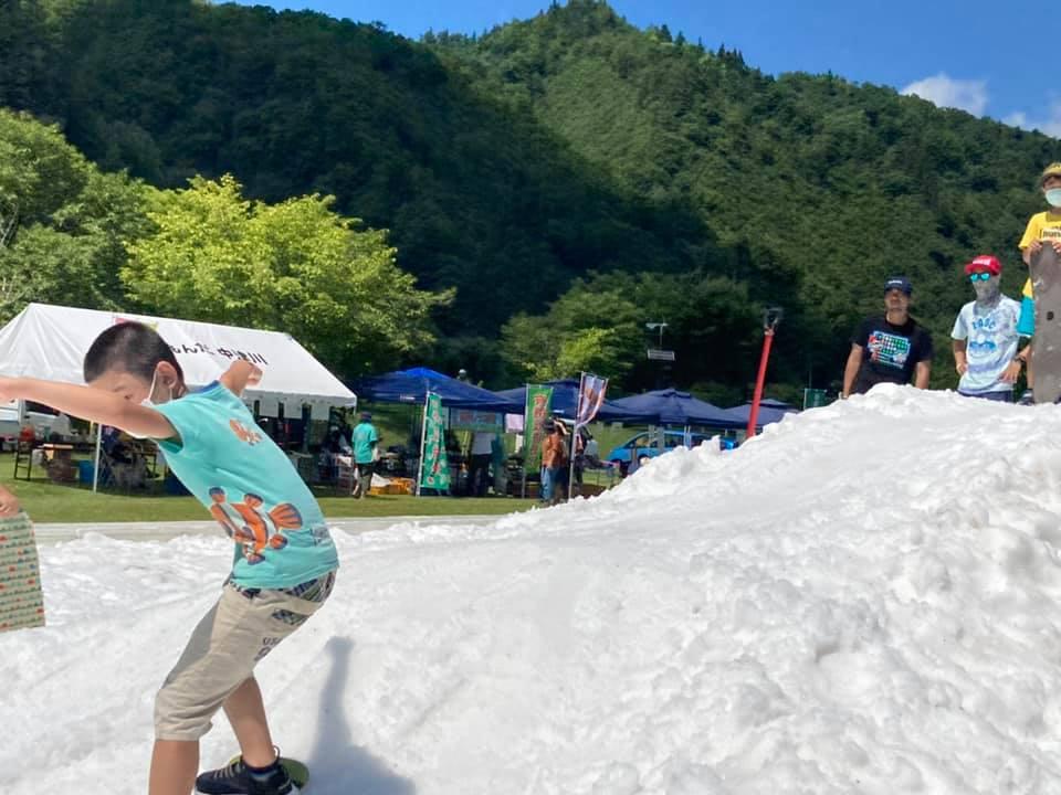 7月 SNOWえっぐ 真夏の雪遊び