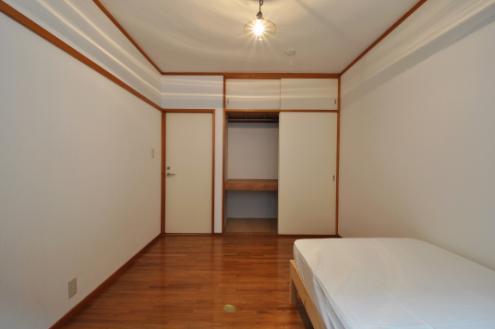 ドミンゴ桜新町203号室