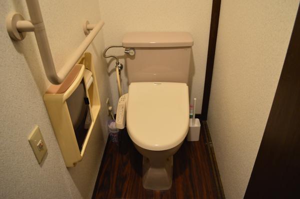 ドミンゴ笹塚3階トイレ