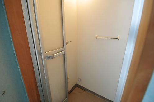 ドミンゴ綾瀬1階シャワールーム