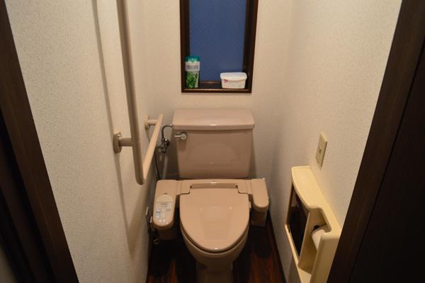 ドミンゴ笹塚1階トイレ