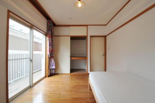 ドミンゴ桜新町205号室