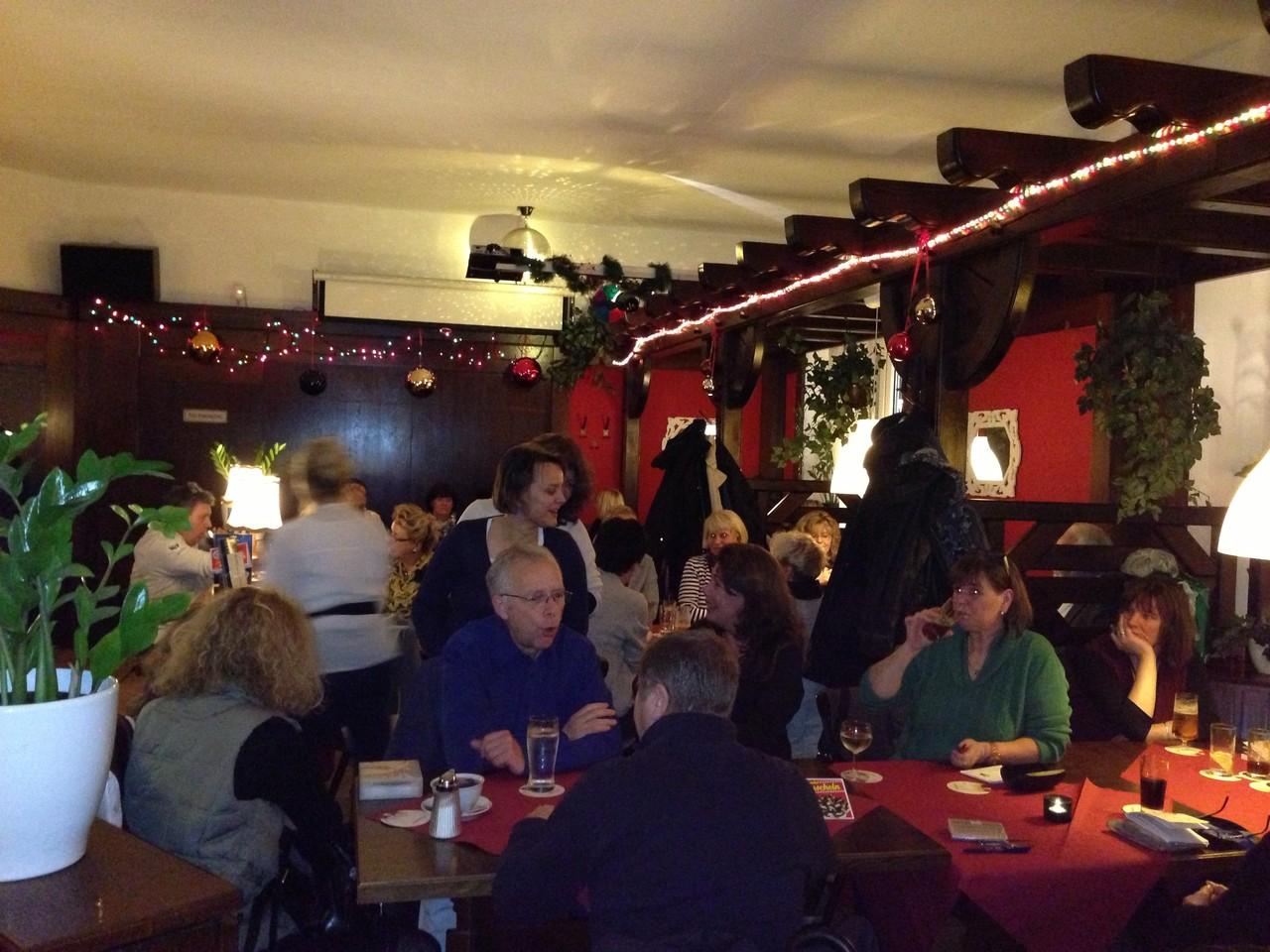 Letzter Clubabend 2012 wir wünschen allen frohe Weihnachten