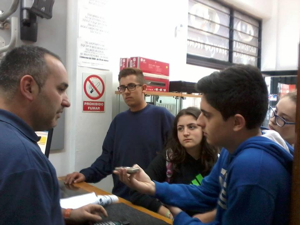 Entrevista a Jose, proveedor de los aparatos de la radio