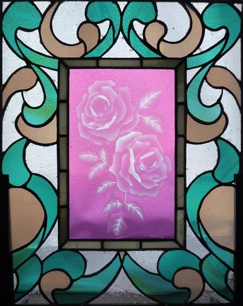 「バラの小窓」