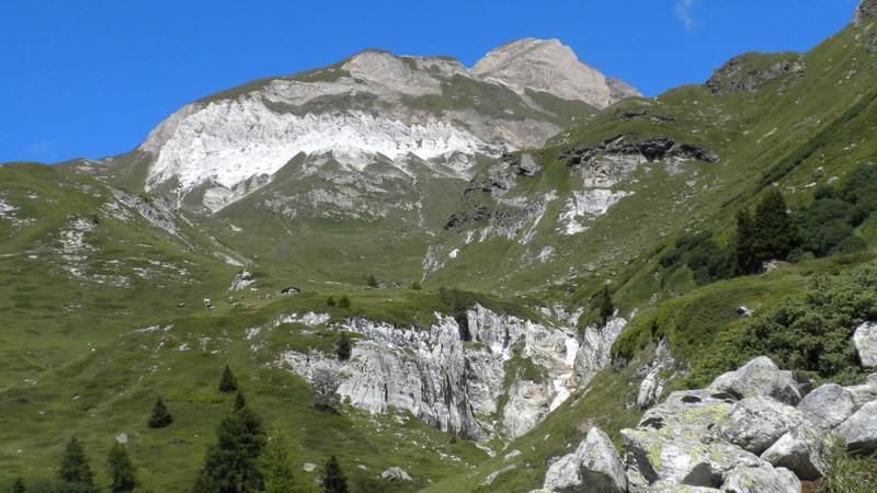 Dolomitschichten im Binntal