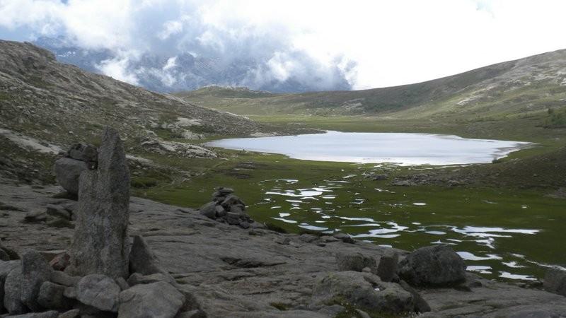 Lac de Nino in Sicht