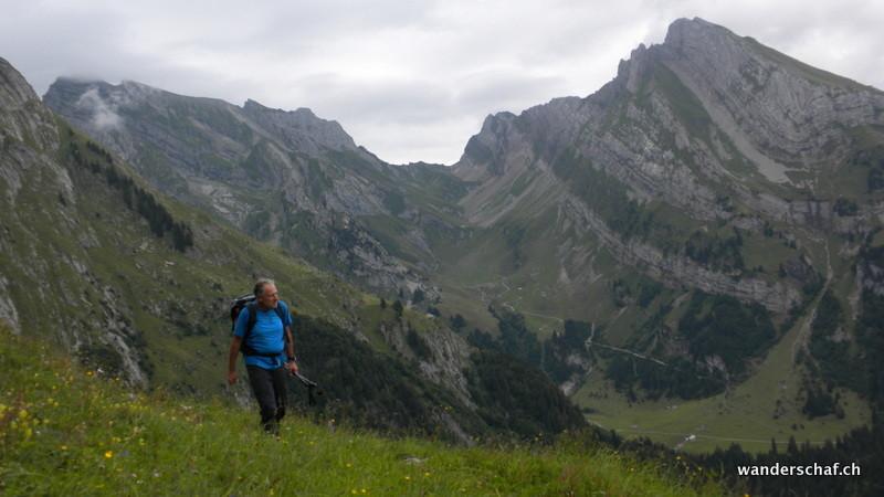 Blick zum Rotsteinpass und Wildhuser Schafberg