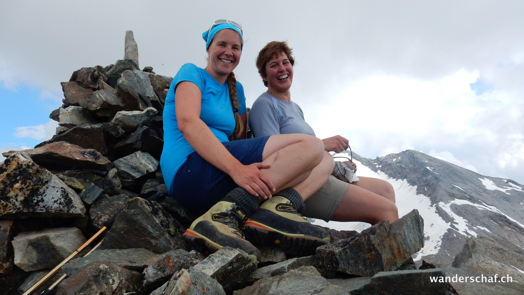 Gipfelglück auf dem Nollenhhorn