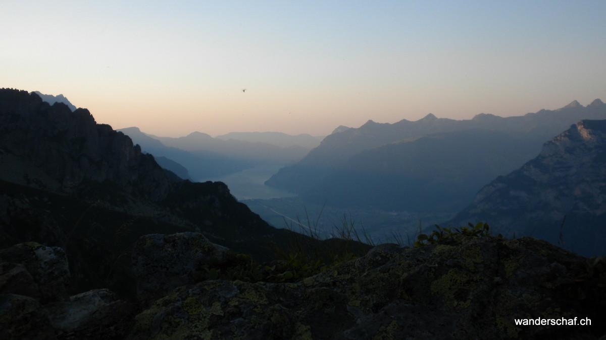 Abendstimmung am Sunniggrätli: Blick Richtung Flüelen