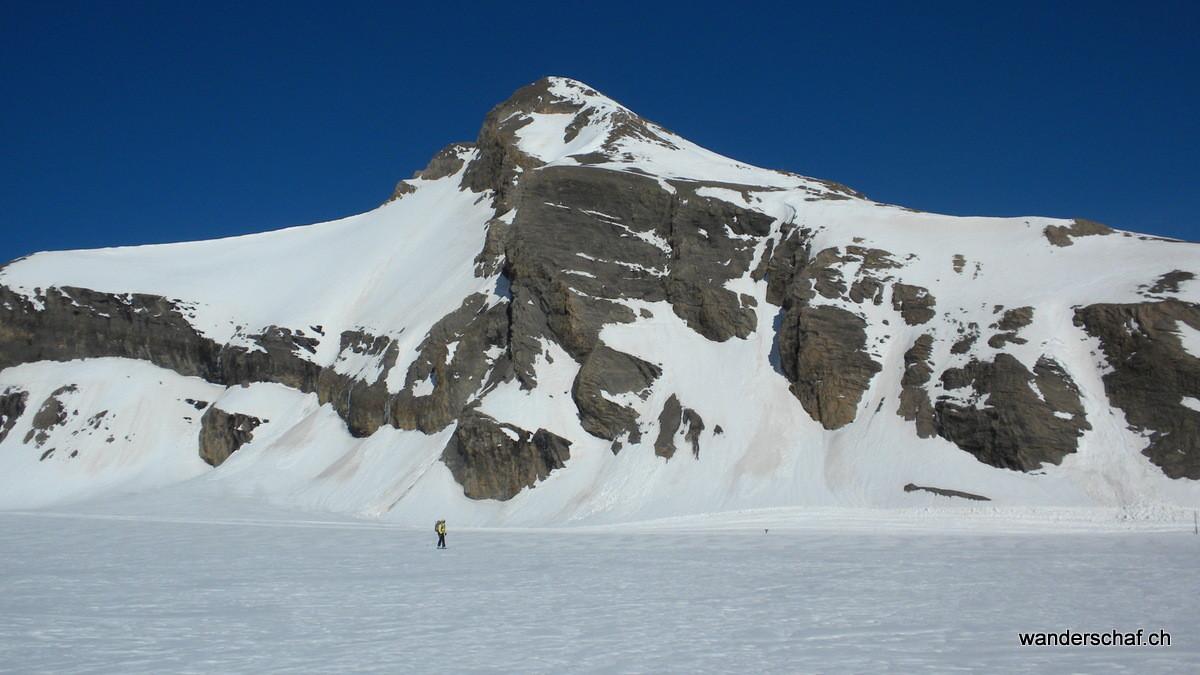 zuerst gibt's eine ruppige Abfahrt über den Glacier de Tsanfleuron