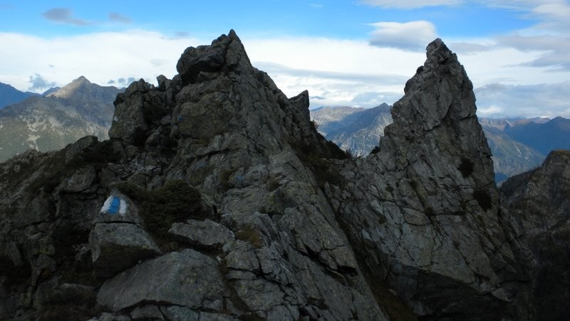 der schöne, leider nur kurze Gratabschnitt unterhalb der Cima di Broglio
