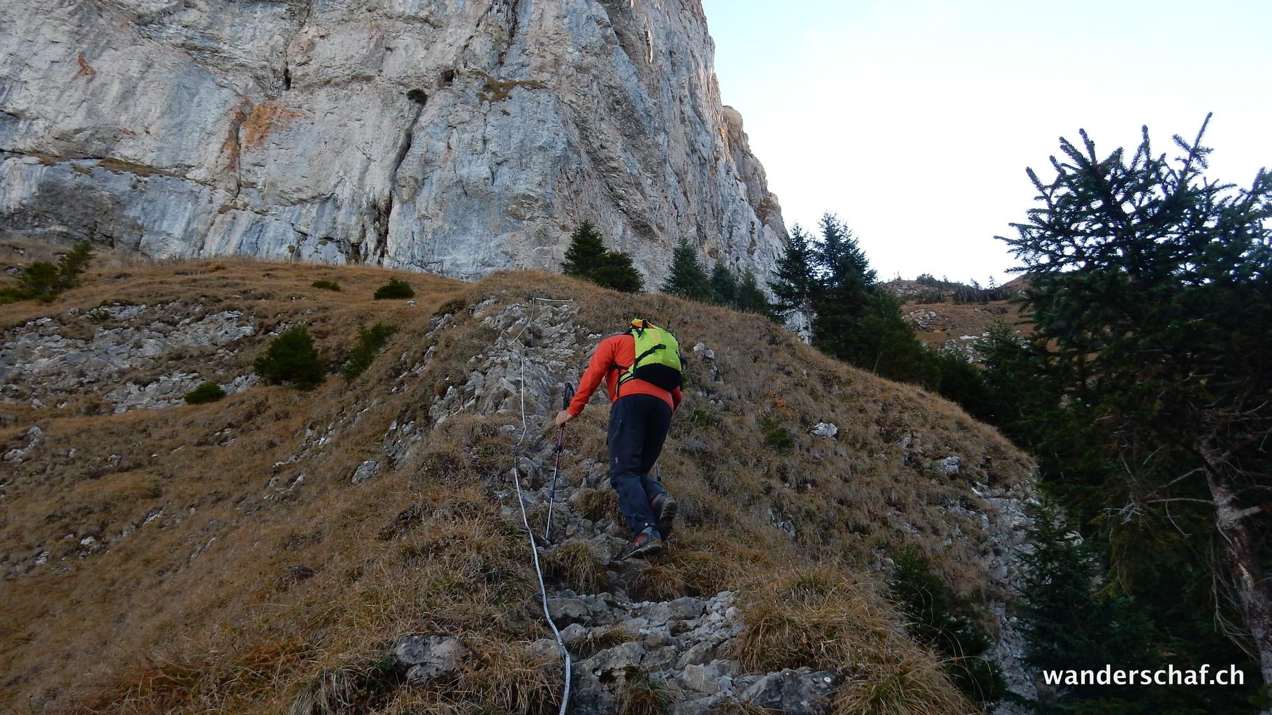 Aufstieg von der Risetenalp über den alten Maschinenweg hinauf