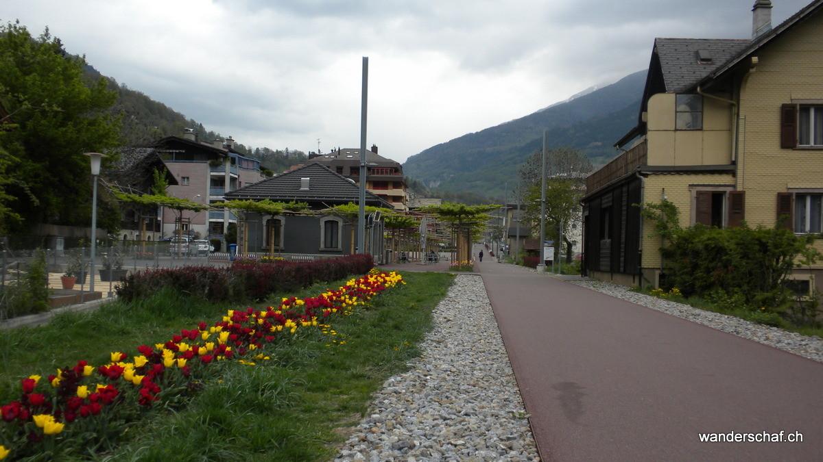 auf dem alten Bahntrasse der Furka-Oberalp Bahn
