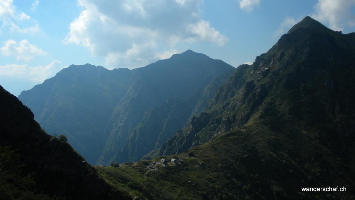 Blick zurück zur Alpe della Colma