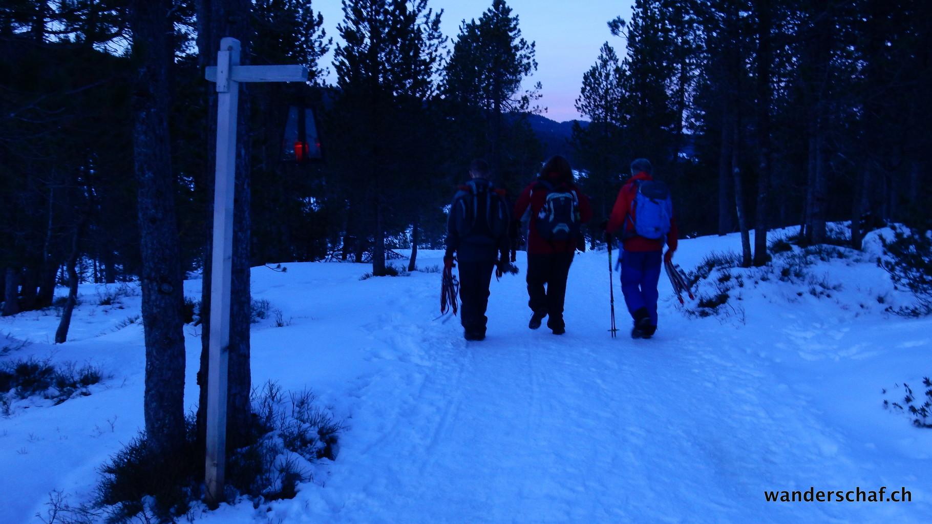 Nach dem Après-Schneeschüehle in Langis geht's weiter nach Schwendi Kaltbad, wo wir übernachten werden