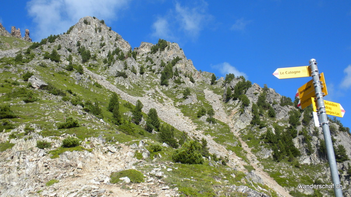 hier wäre anscheinend die beschriebene Route dem Bergweg gefolgt