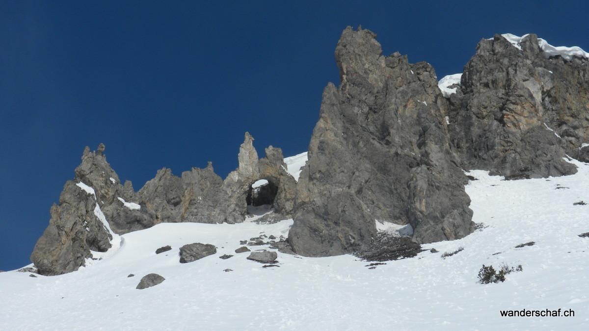 il Jalet mit einem Felsentor