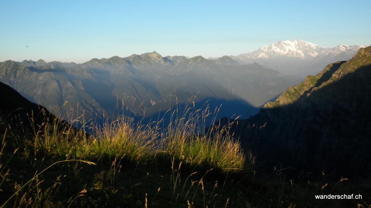 Morgenstimmung auf der Alpe delle Colma