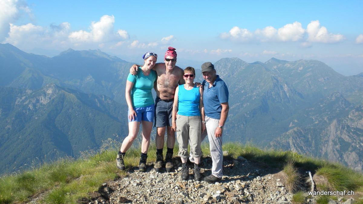 Gipfelglück auf dem Pizzo Proman