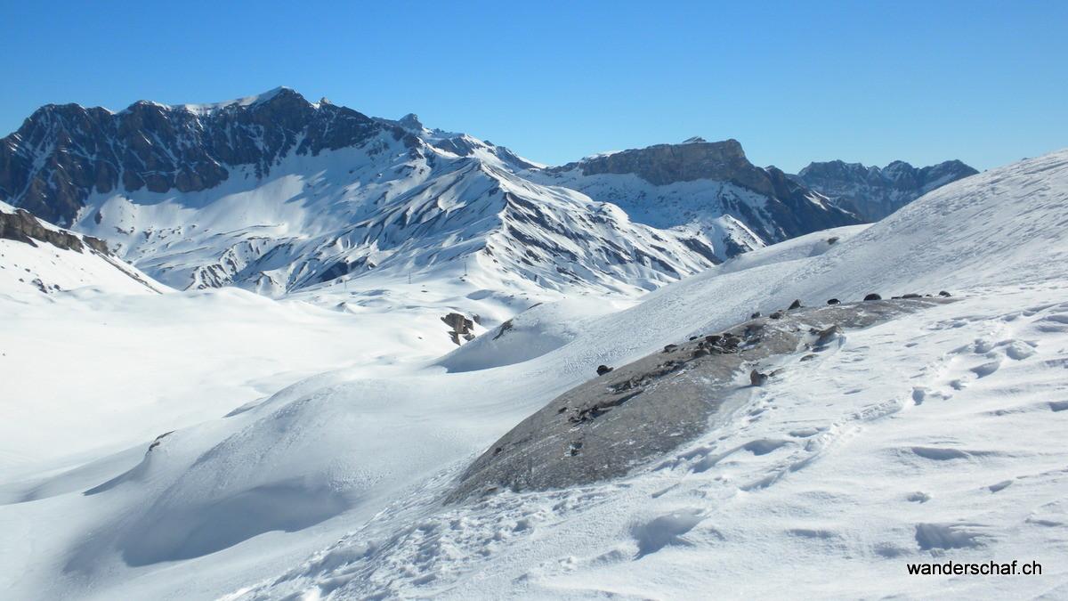 unsere Aufstiegsroute über die Arête de l'Arpille ist in Sicht