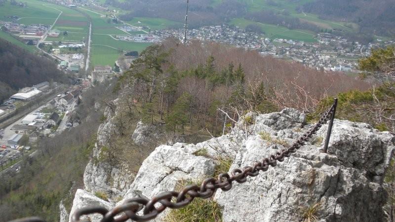 im Abstieg vom Chluser Roggen Richtung Balsthal