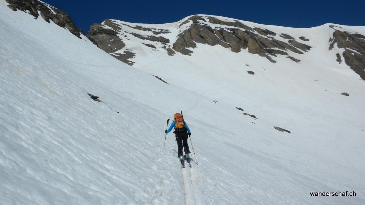 der Gipfelhang vom Arpelistock ist in Sicht