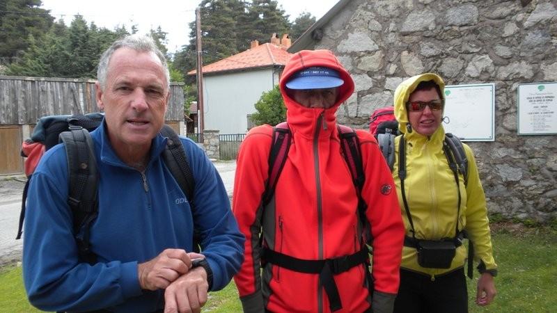 ein eisiger Wind bläst uns um die Ohren.....es war auch schon wärmer auf Korsika ;o)