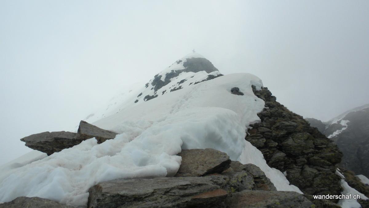 auf der Anticima (Vorgipfel) vom Monte Legnone