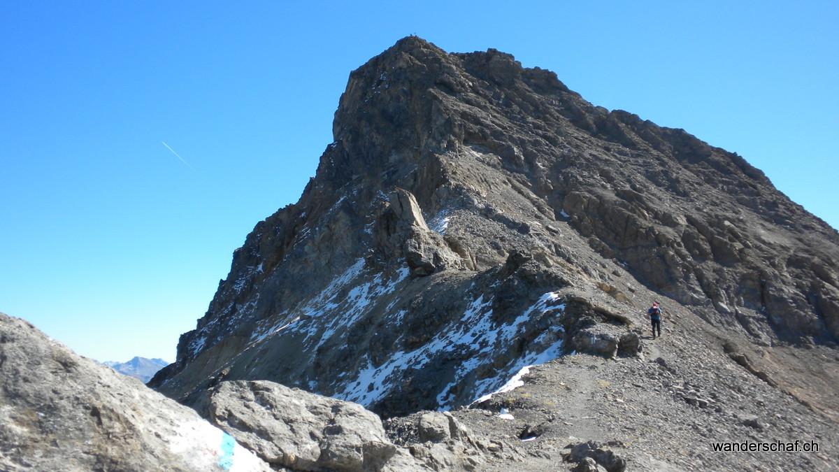 der Gipfelaufbau vom Lenzerhorn....wo geh's durch?
