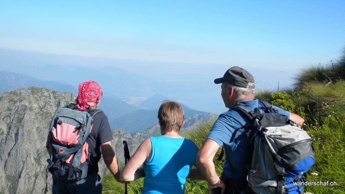Blick nach Verbania (Lago Maggiore)
