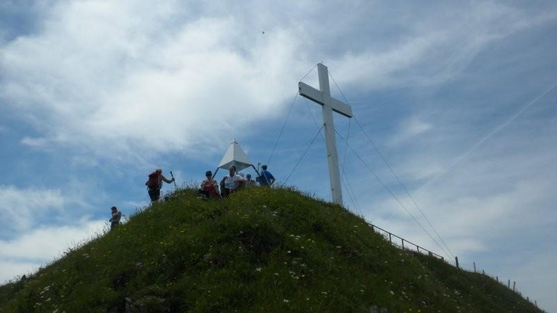 Ankunft auf dem gut besuchten Buochserhorn; auf unserer Aufstiegsroute waren wir ganz einsam