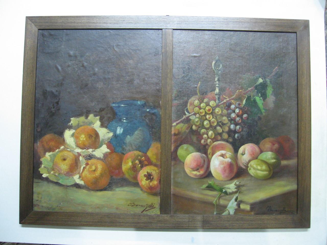 Due dipinti ad olio con una cornice in legno tinto noce.