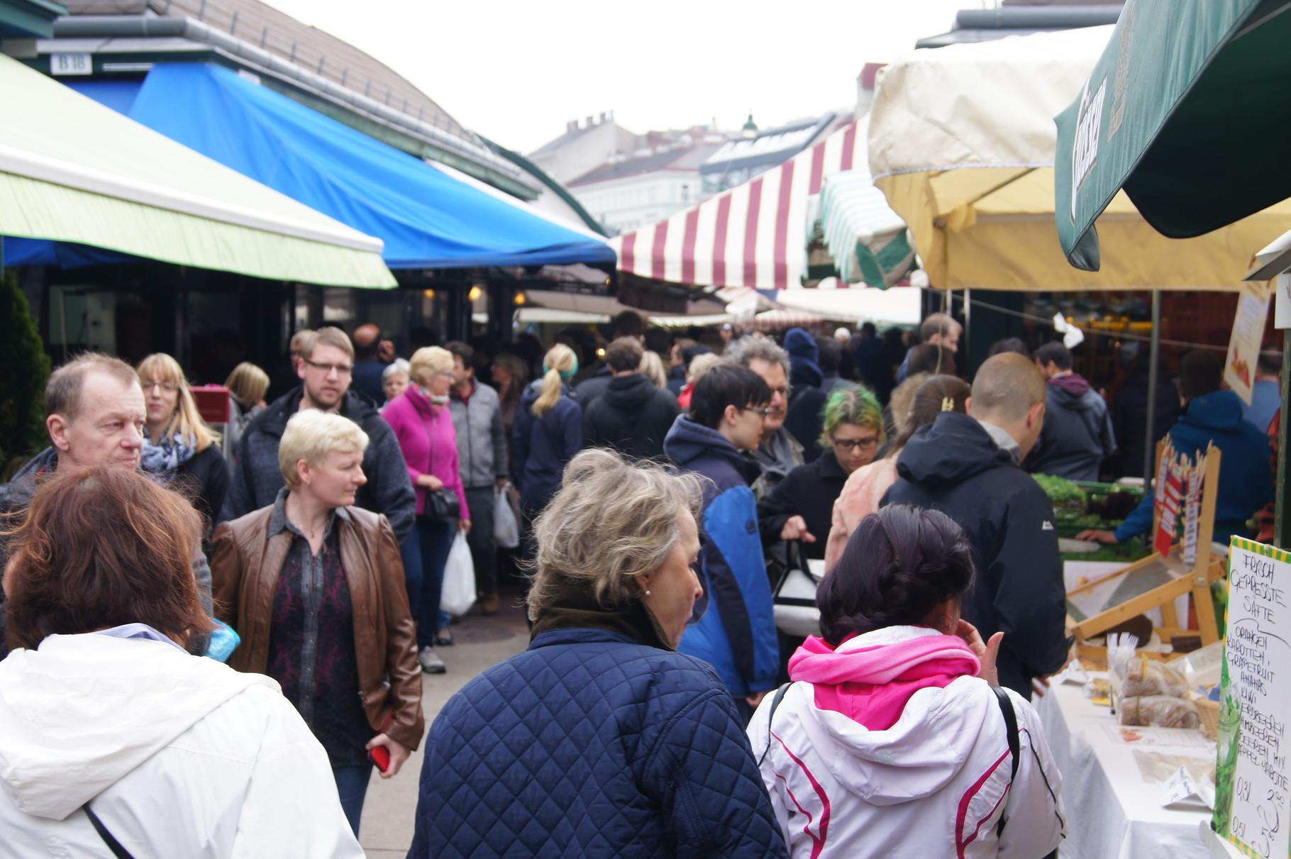 Am Naschmarkt in Wien